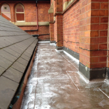 School_flat_roof